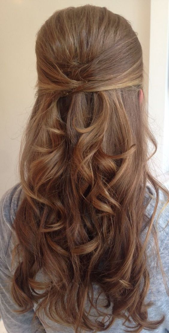 Clean And Classic Office Hairstyles Create A Different Kind Of You ...